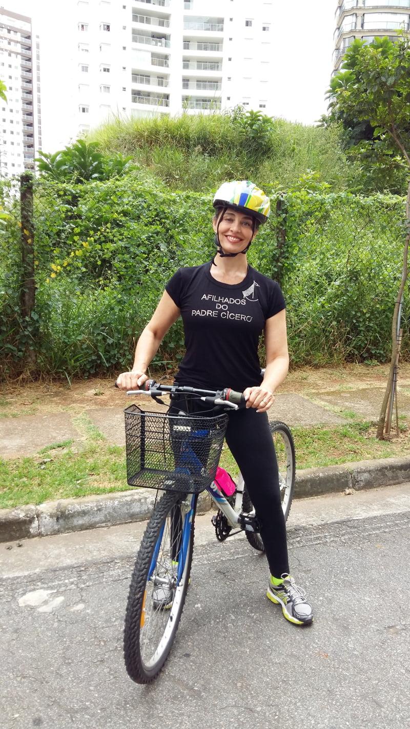 carla-vilhena-bike